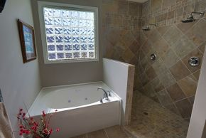 Custom Home Bathroom_3