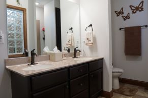 Robenstein Bathroom_3